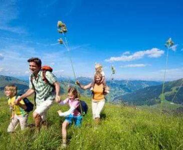 Family rest in Carpathian